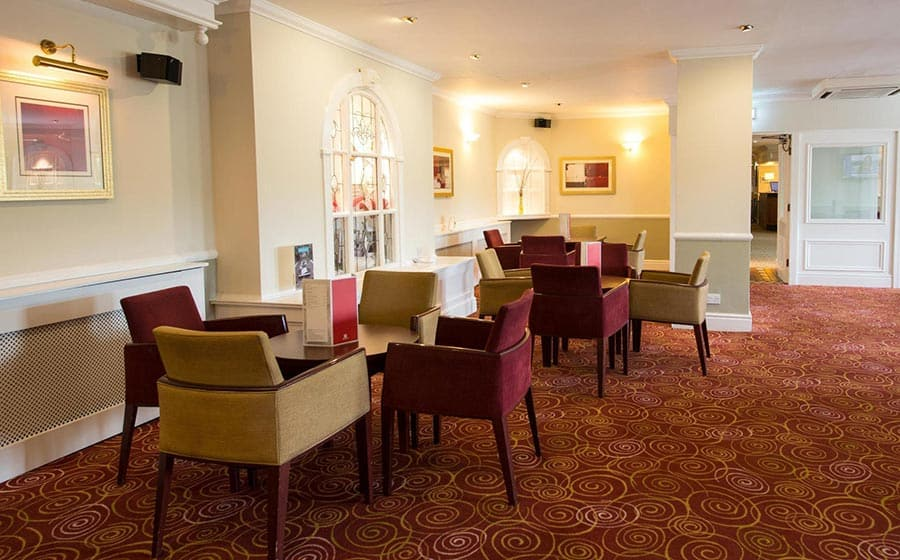 Seating area in lobby at Citrus Hotel Coventry