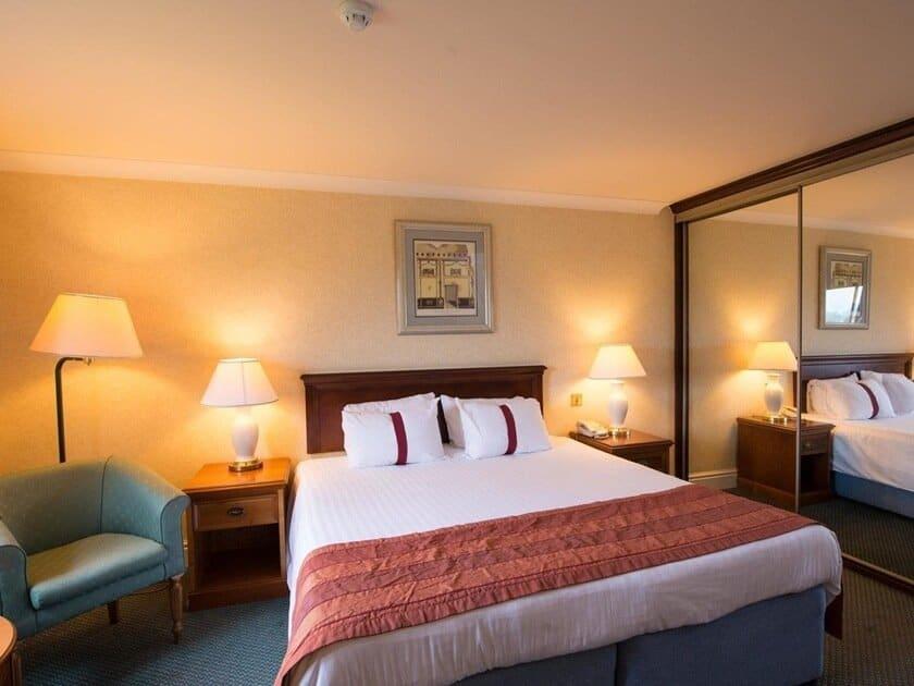 Citrus Hotel Coventry standard room