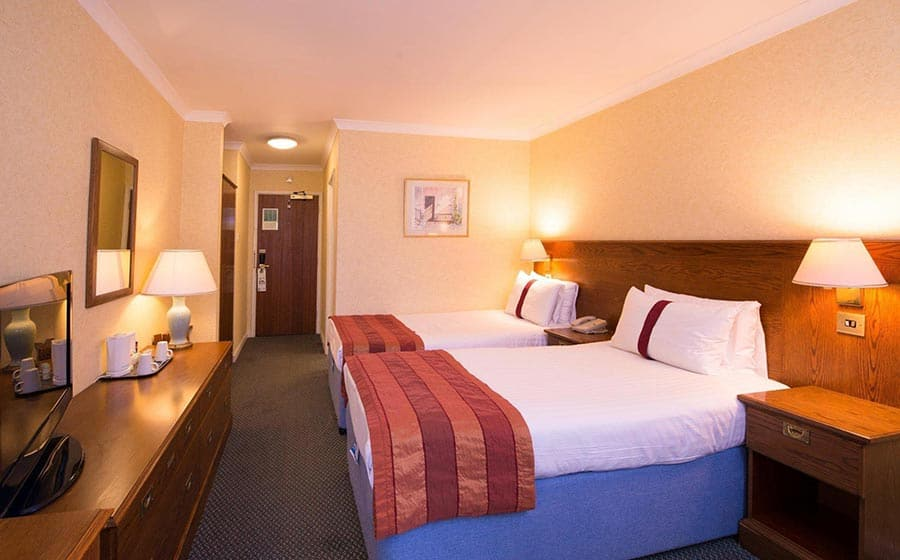 Twin room at Citrus Hotel Coventry